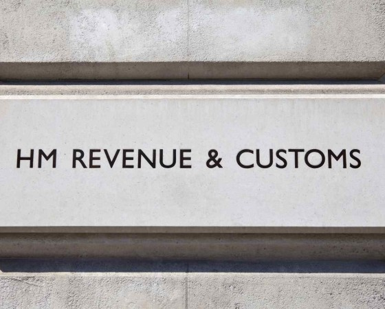 Contact HMRC – 10 tips to do it right